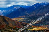 川西藏寨秋意浓